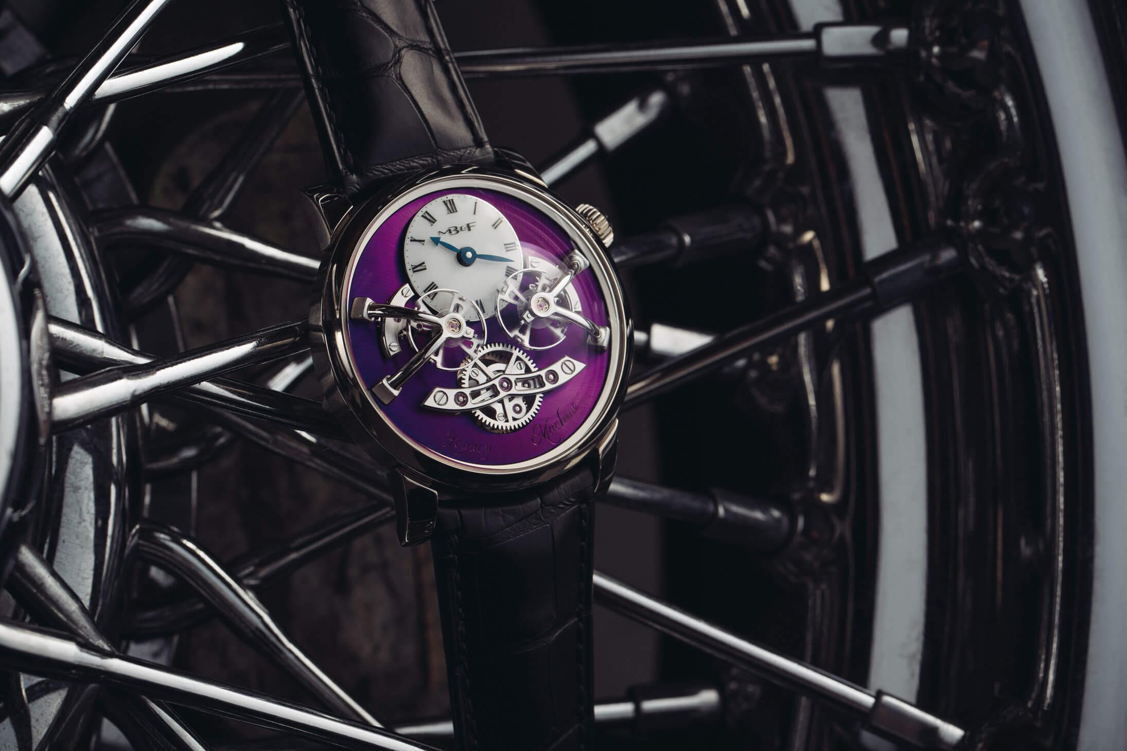 MB&F LM2 Purple live shot Debajo del reloj blog relojes