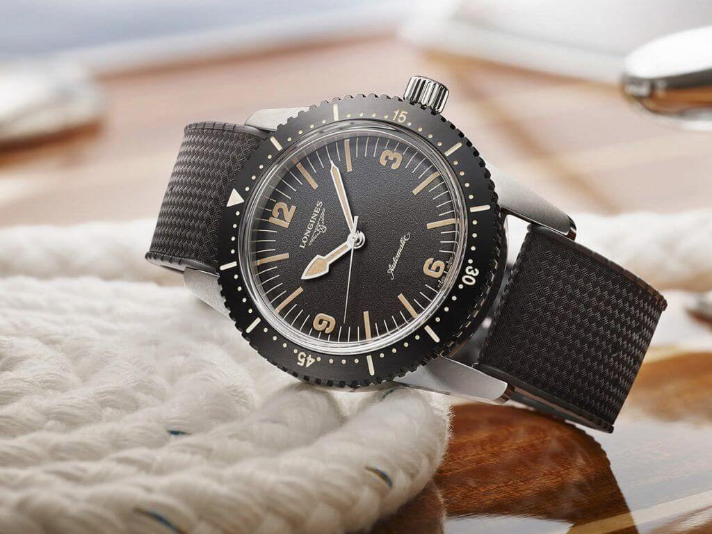 The Longines Skin Diver Watch blog debajo del reloj