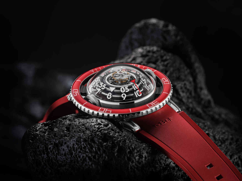HM7 Aquapod Platinum Red