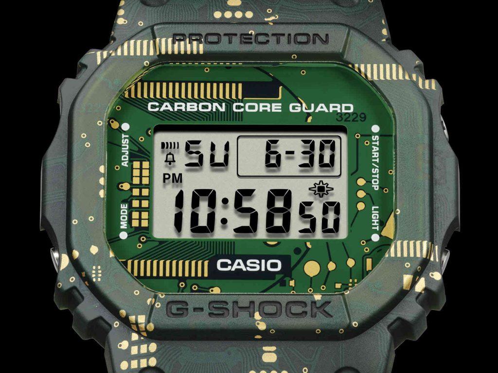G-Shock DWE-5600CC  face