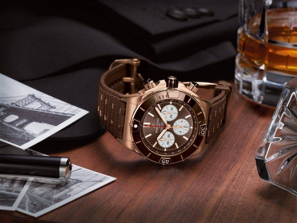 Breitling Super Chronomat B01 44 oro