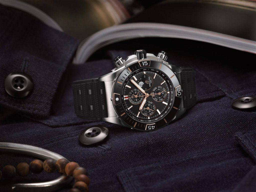 Breitling Super Chronomat B01 44 negro 2