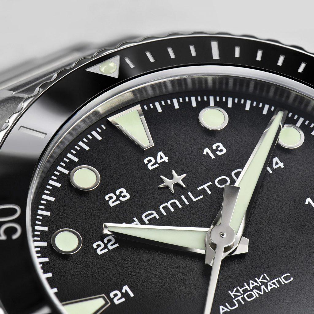Hamilton Khaki Navy Scuba Automatic 2021 deta 1