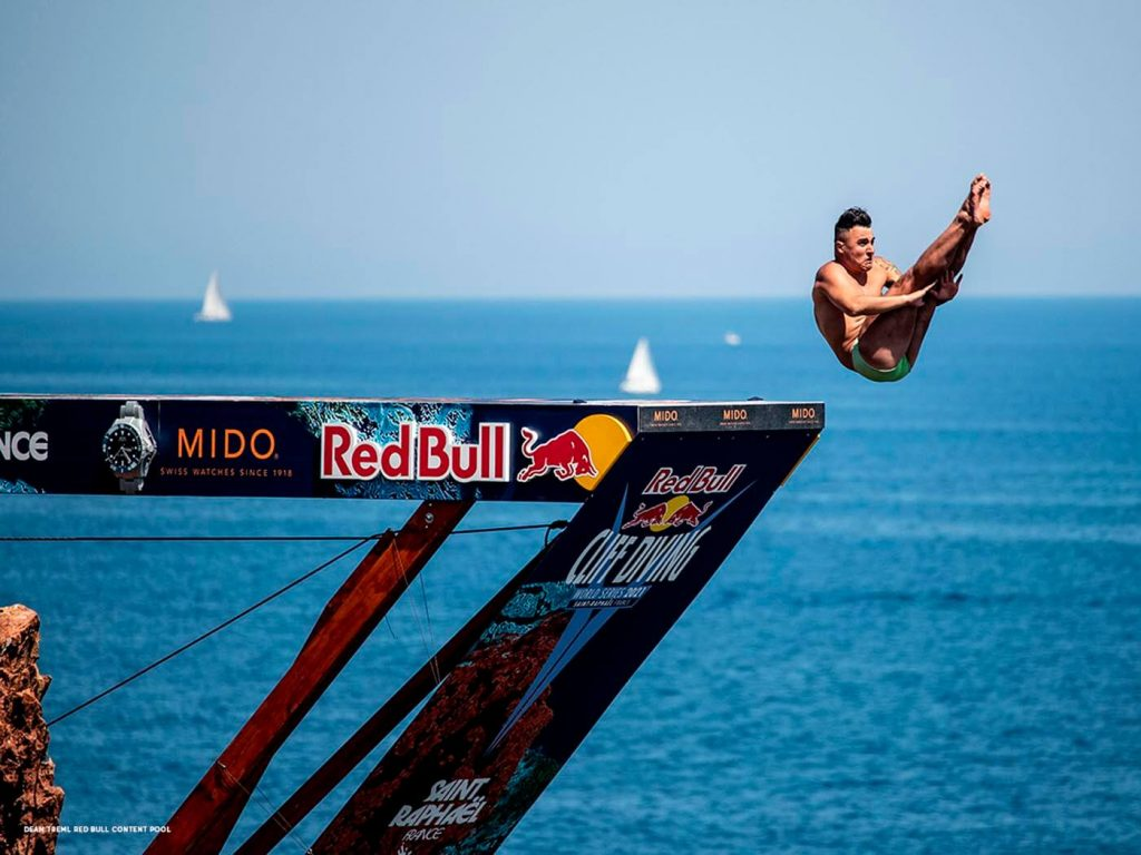 Mido Ocean Star 200 Red Bull Cliff Diving Limited Edition 5