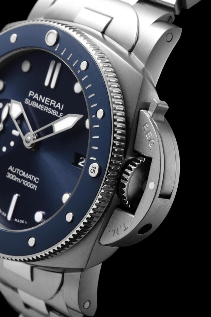 Panerai Submersible Blu Notte (PAM01068) 3