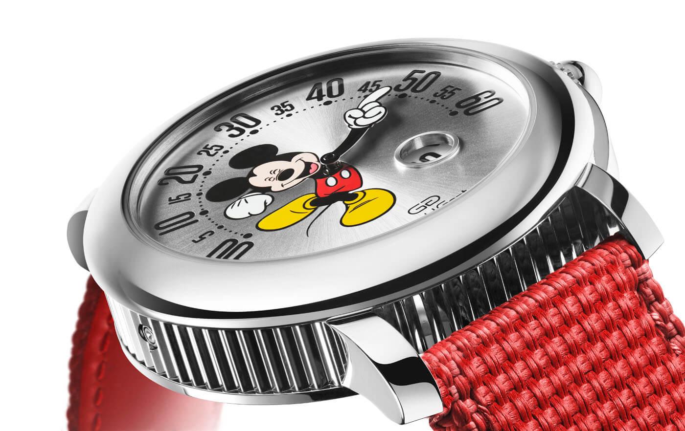 Gerald Genta Mickey Mouse Geneva Watch Days 4