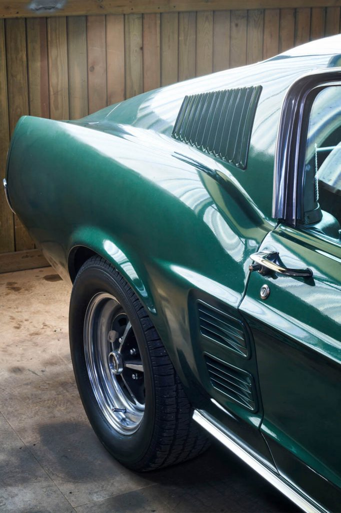 Ford Mustang DETA 1