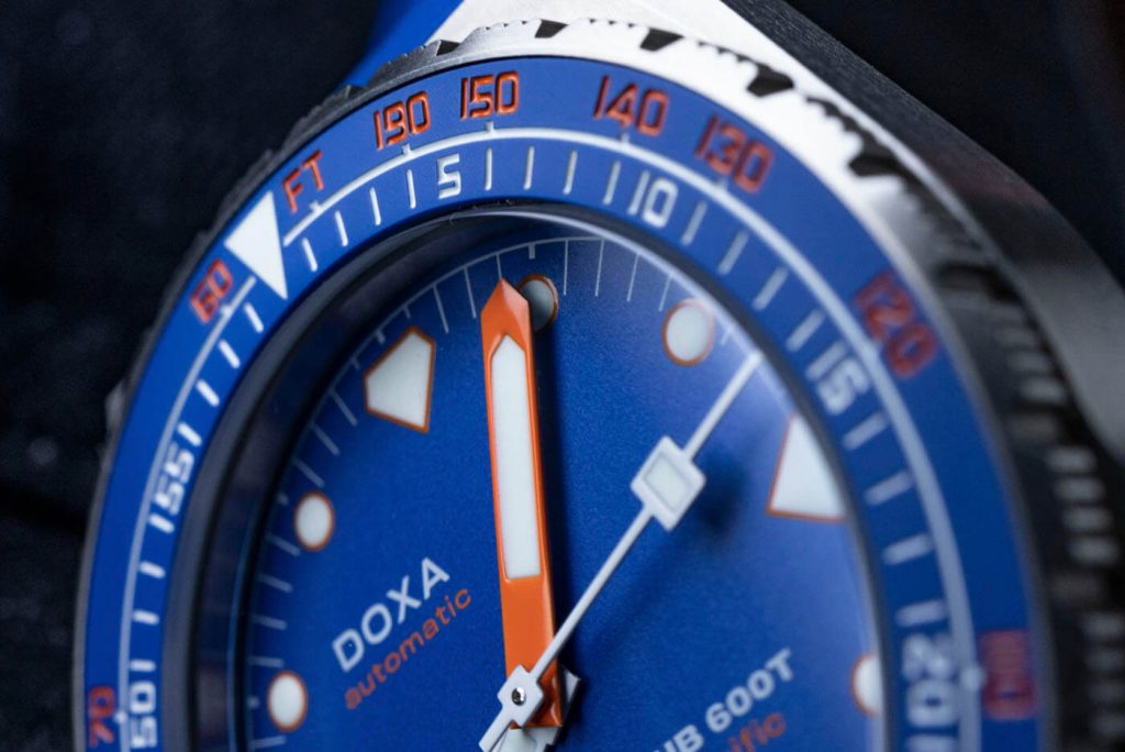 Doxa SUB 600T Pacific Limited Edition deta 2