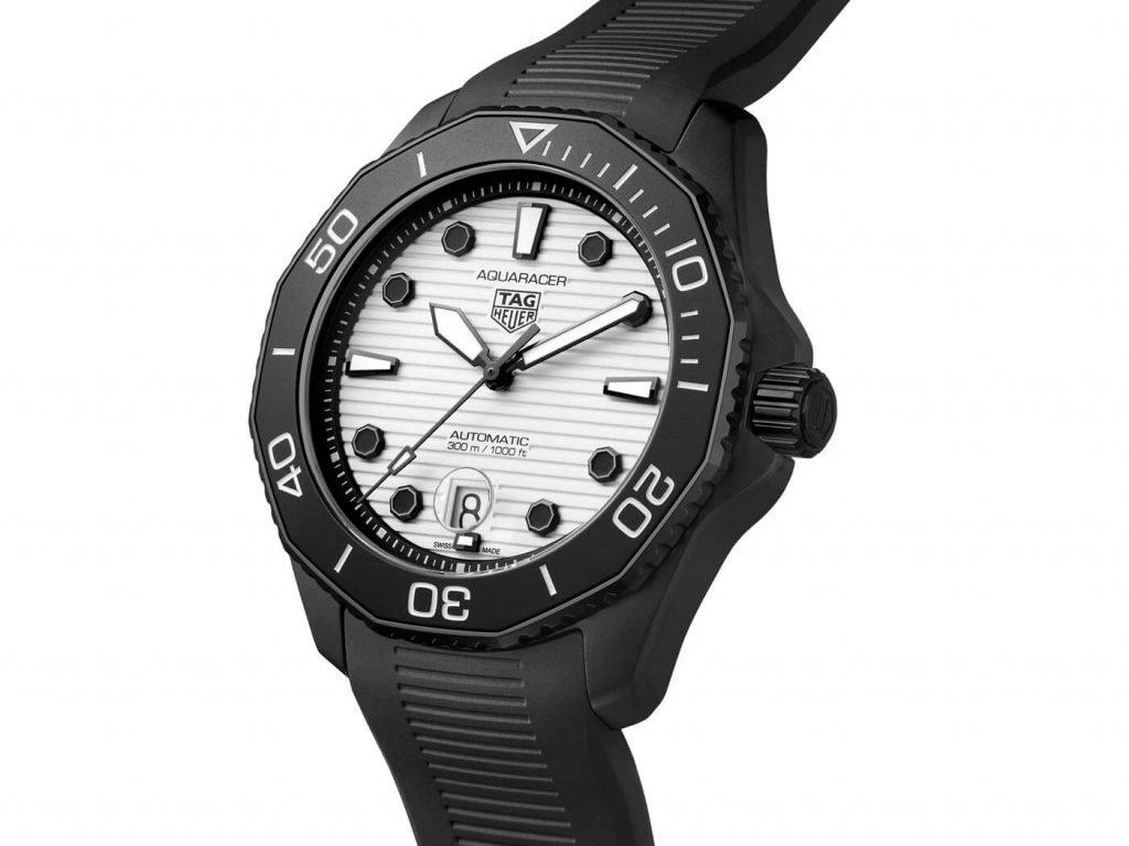 Tag Heuer Aquaracer Professional 300 Night Diver Calibre 5 portada